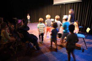 3 – 6 ans, Cours de théâtre, Drama course for children, FRIDAYS 3.45 – 4.35pm (3/9/2021 – 24/6/2022)