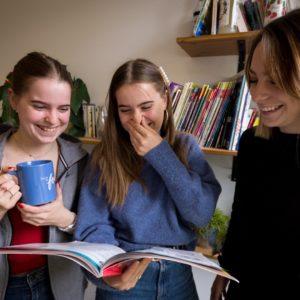 Tieners, cursus Frans voor niet-Franstaligen (A2/B1). Vrijdag 16.45-17.45 uur (3/9/2021 – 24/06/2022)